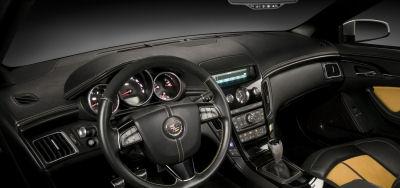 Galerie de photos de l'intérieur du concept-car <b>Cadillac CTS Coupé Concept</b>.