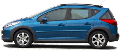 La Peugeot 207 SW Outdoor est la version loisirs de la Peugeot 207 SW. Surfant sur un esprit SUV très en vogue, elle ajoute à la Peugeot 207 SW des renforts de bouclier avant et arrière en plastique. Le toît en verre panoramique est conservé.