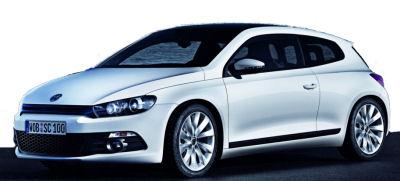 Premières images du coupé Volkswagen Scirocco. les modifications apportées au concept-car IRoc sont importantes, notamment au niveau de la face avant qui est entièrement relookée. Une nouvelle expression et orientation du style VW.