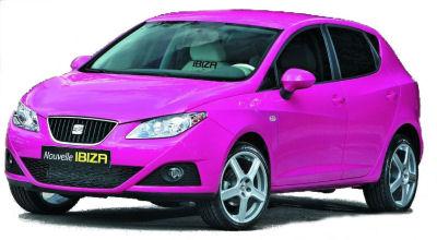 Version flashy et tendance techno de la nouvelle Seat Ibiza, relookée par la designer et femme de DJ Cathy Guetta..